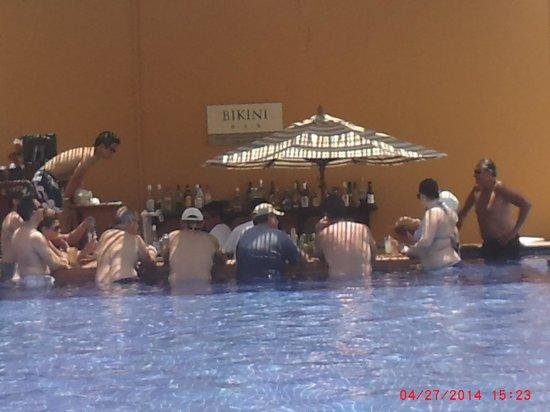 Grand Fiesta Americana Los Cabos All Inclusive Golf & Spa: Bikini Bar
