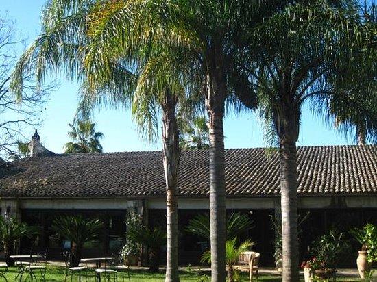 Villa dei Papiri : B^timent principal : accueil, restauration, salon