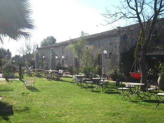 Villa dei Papiri : Bâtiment principal : accueil, restauration, détente
