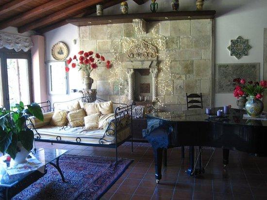 Villa dei Papiri : Espace salon dans le bâtiment principal