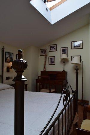 Palacio de Pujadas : Habitación Suite Joan Manuel Serrat