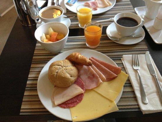 Singel Hotel: Breakfast