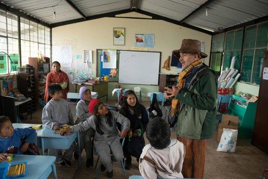 Alegria Farm : APOYO A LA ESCUELA CORDILLERA DE LOS ANDES
