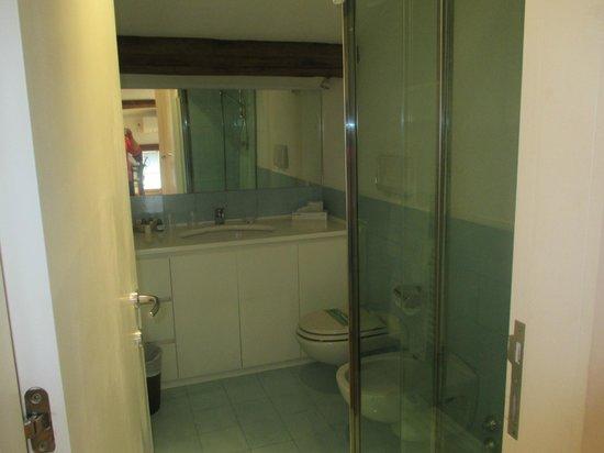 Casa della Corte: Bathroom