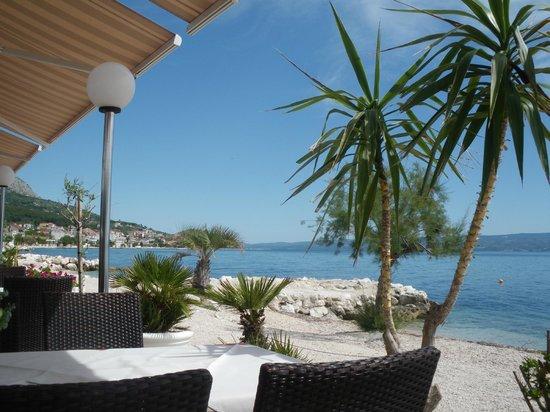 Restaurant Amigos: vu bord de mer