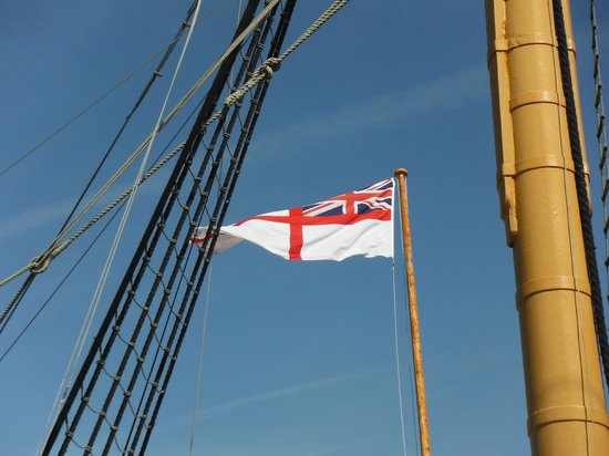 The George Hotel: HMS Victory, Royal Dockyard Portsmouth, 1/2 block from George Hotel