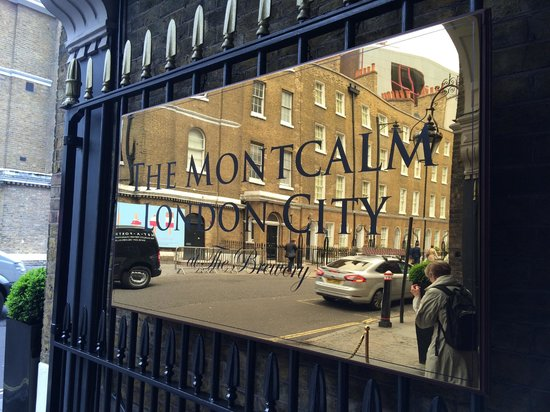 The Montcalm at the Brewery London City : Reception area