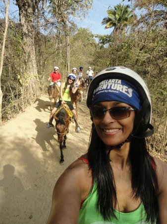 Sea Safari by Vallarta Adventures : Horseback Riding
