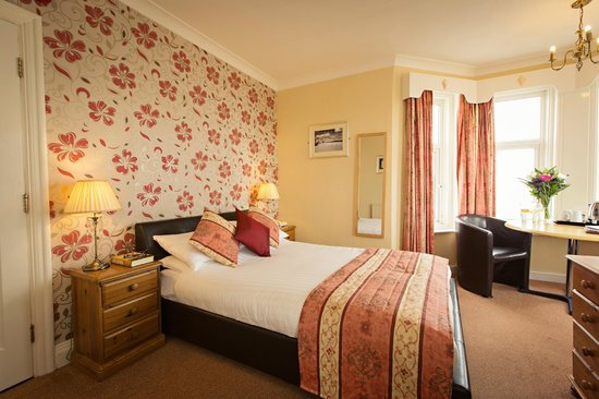 The Cliftonville Hotel: Newly Refurbished Room