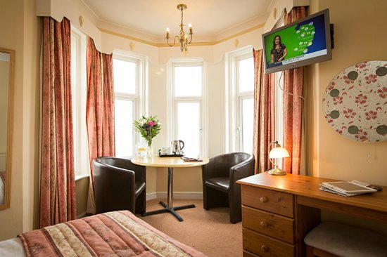 The Cliftonville Hotel: Newly Refubished Room