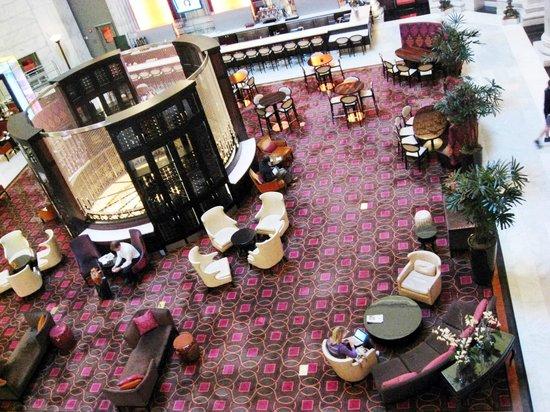 The Ritz-Carlton, Philadelphia : Лобби. Вид из атриума