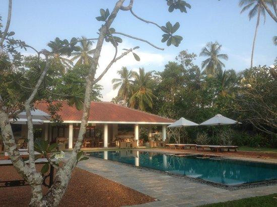 Taru Villas - Rock Villa : View towards the dining room