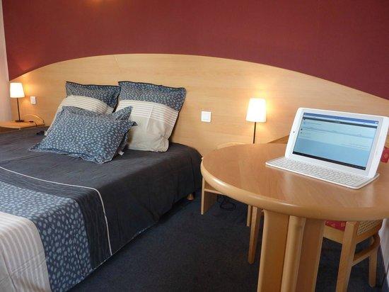 Hôtel de la Vallée : chambre connexion wi fi gratuite