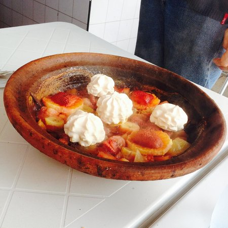 Chez Hosni : My favorite fruit tagine