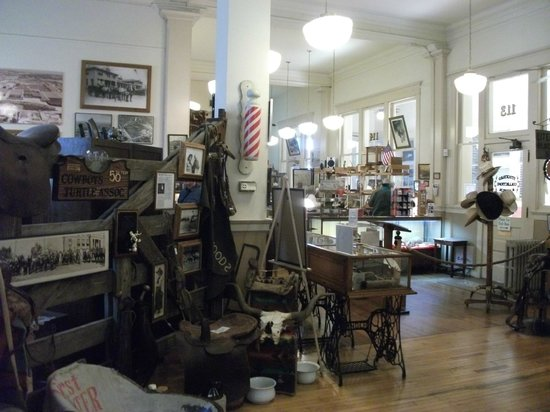 Stockyards Museum: Looking towards the shop