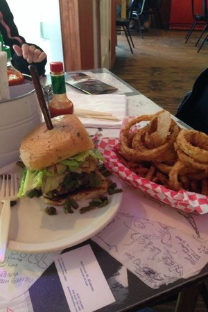 Alamo Springs Gen Store & Cafe: Better be hungry