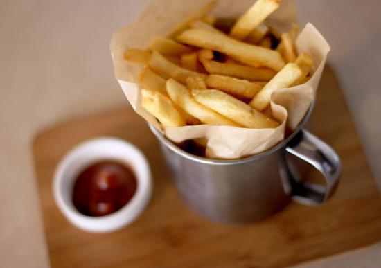 Respublika Espresso Bar : French fries...
