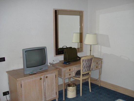 Hotel De La Ville : 2