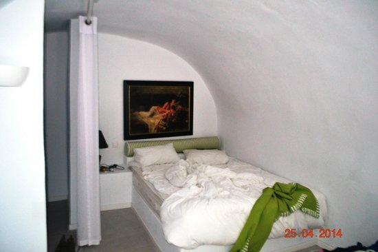 La Maltese Estate Villa: Vue de la chambre
