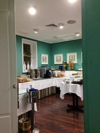 HOTEL OPERA: Frühstücksbuffet