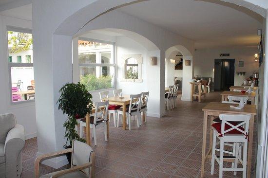 Hotel de Vert Bois : salle de petit déjeuner