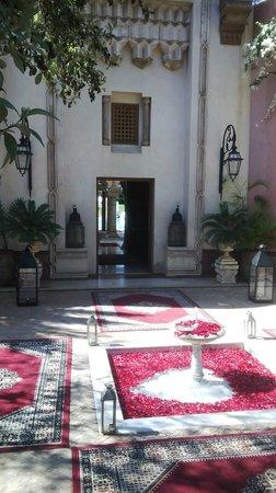 Palais Mehdi : villa enterance