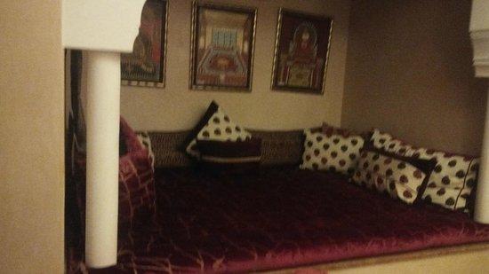 Palais Mehdi : nice sitting alcove