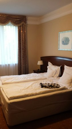 La Contessa Castle Hotel: Room 702