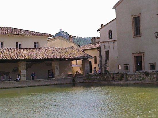 Terme Bagno Vignoni: che voglia di entrare in acqua....