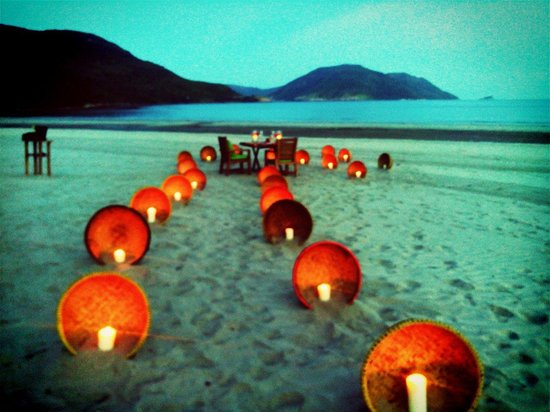 Six Senses Con Dao : Beach table