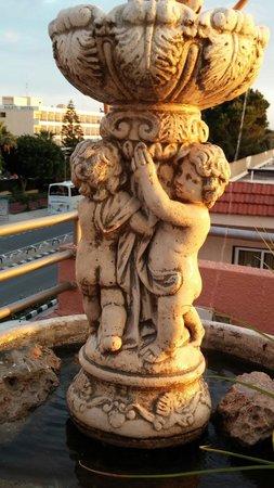 Make u are wish at Colosseum Fontana and u are wish come true!