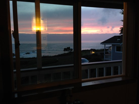 Sea Rock Inn: View from Room #17