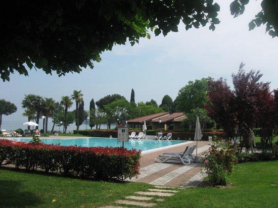 Relais Sant'Emiliano - Conference & Leisure: Splendido sul Lago di Garda (localita' Padenghe)