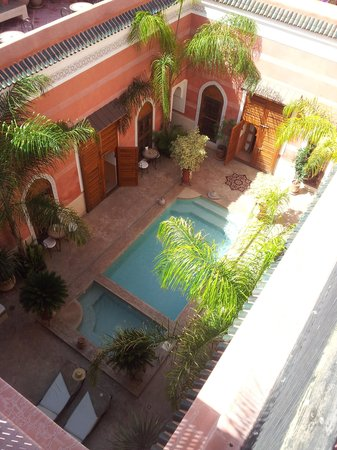 Riad Alili: Encore le grand patio