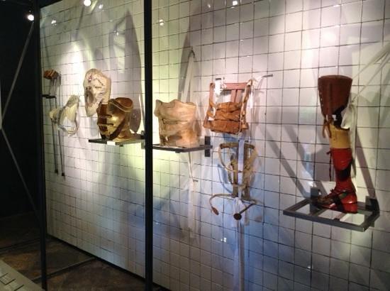 Musée Frida Kahlo : frida's accessories