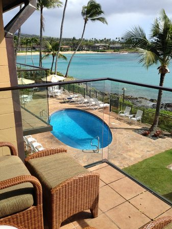 Napili Kai Beach Resort : from our lanai - each building has it's own pool