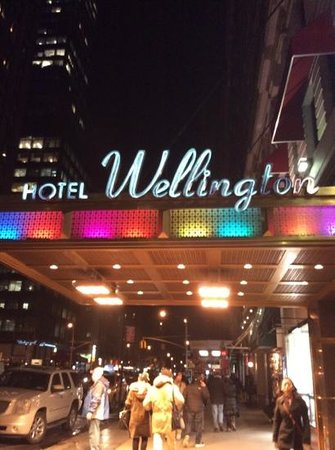 Wellington Hotel : new york new york its a wonderful town