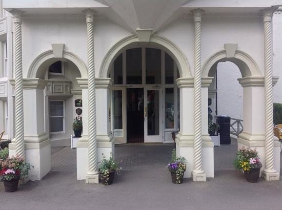 Beech Hill Country House Hotel: Very welcoming enterance.