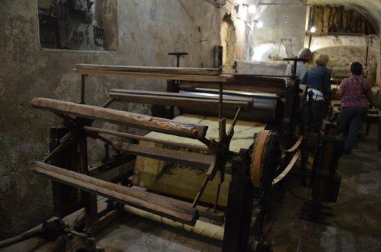 Museo della Carta: Macchina per fare la carta
