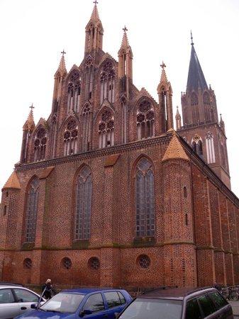 Greenline Hotel Hellfeld: die Konzertkirche