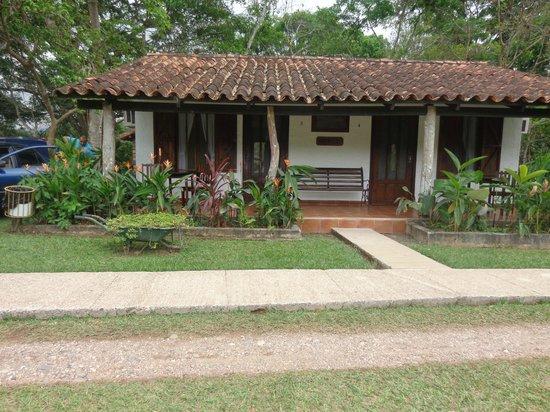 Hotel Hacienda El Jaral: vista de afuera