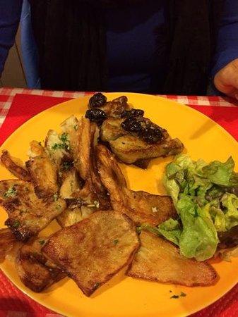 """Le Domaine de Chavagnac : plat """"foie gras poellé """""""