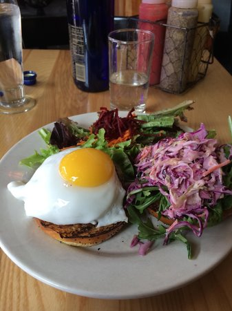 The Farmhouse Tap & Grill : Pork burger is a must-try