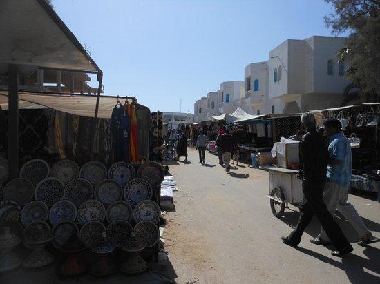 Markt/Basar in Houmt Souk : De maandagmarkt in Houmt Souk