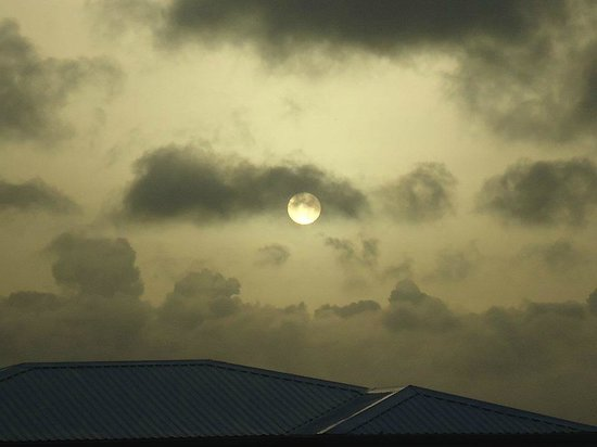Shortstay Facility St. Lucia: Watching Sunset from the facility