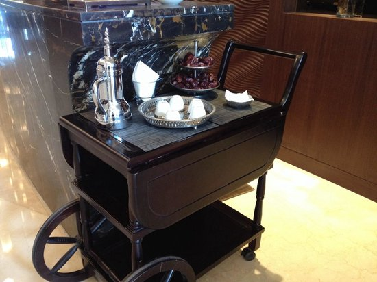 Crowne Plaza Dubai Festival City : Welcome cart with tea and dates.