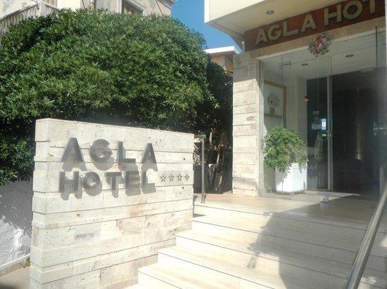 Agla Hotel: entrance