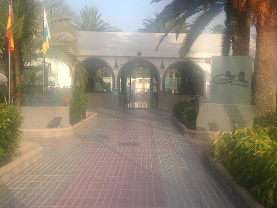 Canary Garden Club: Hotel Entrance