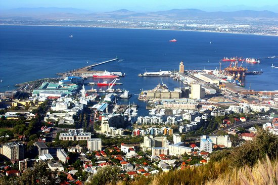 Amber Tours: View of the Cape Town Waterfront from Signal Hill