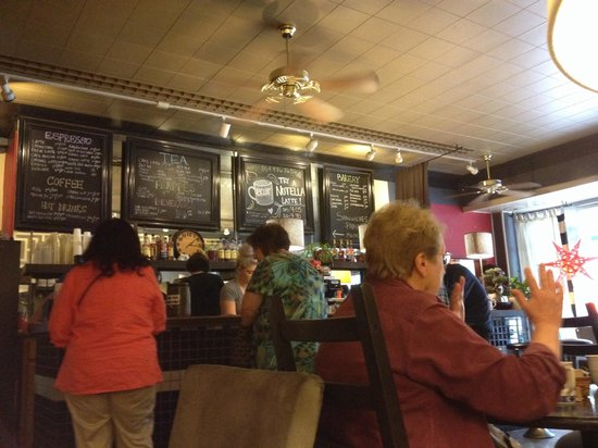 Berea Coffee & Tea: Busy